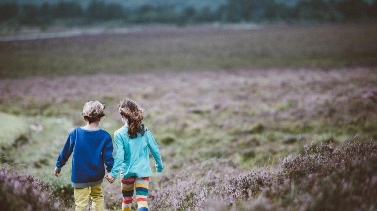 Zawieranie umów z dziećmi